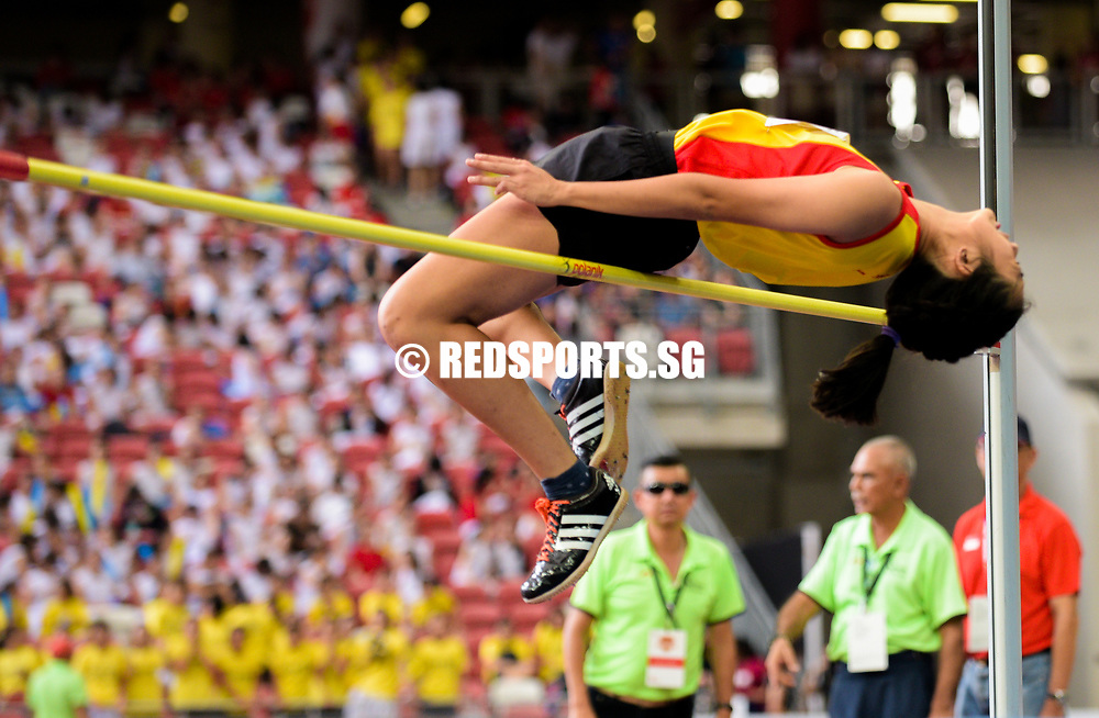 Choun Ray Yi (#245) of Hwa Chong Insitution in action during the A Division girls' high jump final. (Photo © Eileen Chew/Red Sports)