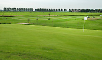 AMSTELVEEN - GOLFBAAN AMSTELDIJK. Naast de volwaardige 9 holes. A status golfbaan, kunt u in het ruim 44 hectare groot gebied alle facetten van het golfspel trainen. FOTO KOEN SUYK