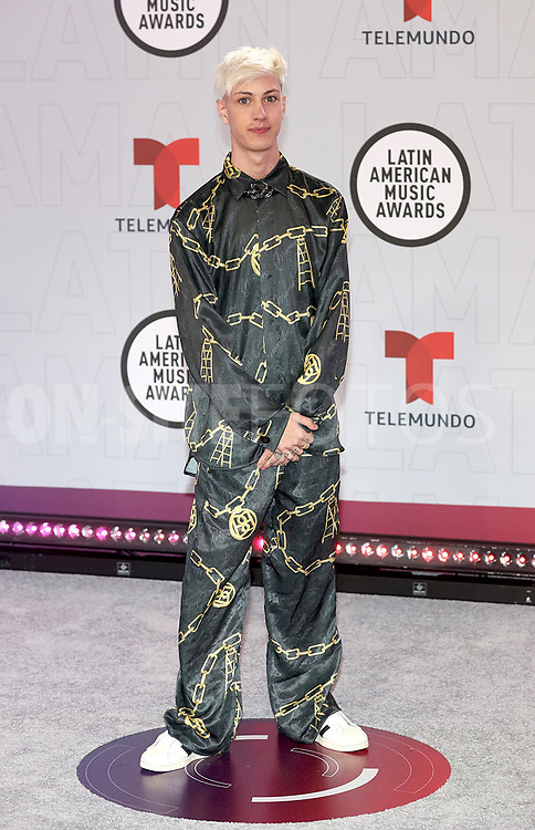 """2021 LATIN AMERICAN MUSIC AWARDS -- """"Red Carpet"""" -- Pictured: Seven Kayne at the BB&T Center in Sunrise, FL on April 15, 2021 -- (Photo by: Aaron Davidson/Telemundo)"""