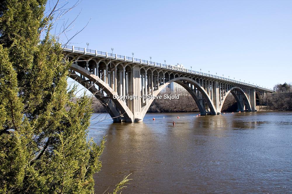 Ford Bridge spanning the Mississippi River.  St Paul Minnesota USA