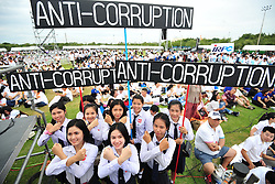BANGKOK, Sept. 12, 2016 (Xinhua) -- College students hold banners during a public event held by the Anti-Corruption Organization of Thailand (ACT) to mark the National Anti-Corruption Day at the Sanam Luang square in Bangkok, Thailand, Sept. 11, 2016. Thailand observes the National Anti-Corruption Day annually on September 6. (Xinhua/Rachen Sageamsak).****Authorized by ytfs* (Credit Image: © Rachen Sageamsak/Xinhua via ZUMA Wire)