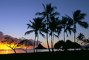 Sunrise, Chinaman's Hat, Kualoa Beach Park, Oahu, Hawaii, USA<br />
