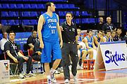 DESCRIZIONE : Biella Trofeo Angelico Raduno Collegiale Nazionale Maschile Amichevole Italia Giordania<br /> GIOCATORE : Andrea Crosariol Carlo Recalcati<br /> SQUADRA : Nazionale Italia Uomini<br /> EVENTO : Raduno Collegiale Nazionale Maschile Amichevole Italia Giordania<br /> GARA : Italia Giordania<br /> DATA : 18/06/2009 <br /> CATEGORIA : coach <br /> SPORT : Pallacanestro <br /> AUTORE : Agenzia Ciamillo-Castoria/G.Ciamillo