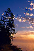 USA, Wyoming, Yellowstone National Park, Yellowstone Lake at Sunrise