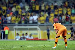 O goleiro Fernando Muslera do Uruguai lamenta a derrota para o Brasil na Copa das Confederações, no Estádio Mineirão, em Belo Horizonte-MG. FOTO: Jefferson Bernardes/Preview.com