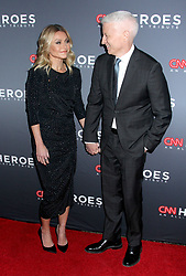 12th Annual CNN Heroes: An All-Star Tribute held at the Museum of Natural History on December 9, 2018 in New York City, NY Steven Bergman/AFF-USA.COM. 09 Dec 2018 Pictured: Kelly Ripa & Anderson Cooper. Photo credit: Steven Bergman / AFF-USA.COM / MEGA TheMegaAgency.com +1 888 505 6342