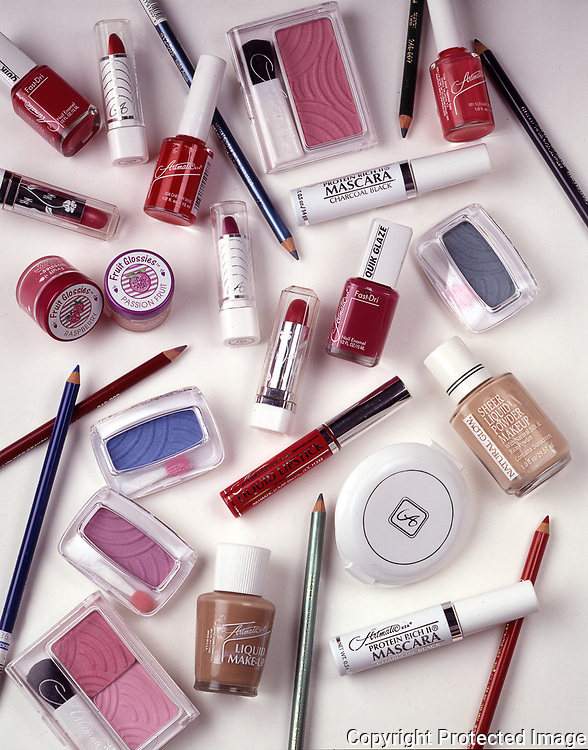 One of many cosmetic photographs I did for several companies. Alamay, Artmatic, Revlon and others.