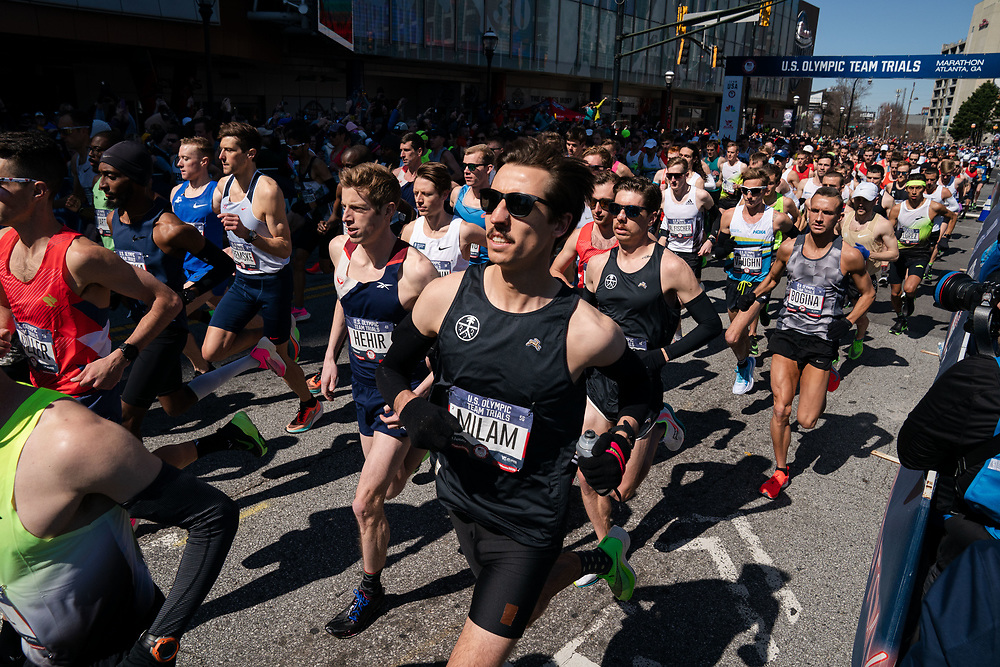 The field of men's runners start the the 2020 U.S. Olympic marathon trials in Atlanta on Saturday, Feb. 20, 2020. Photo by Kevin D. Liles for The New York Times