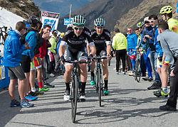 23.05.2017, Bormio, ITA, Giro d Italia 2017, 16. Etappe, Rovetta nach Bormio, im Bild v.l. Patrick Konrad (AUT, Bora - Hansgrohe), Gregor Mühlberger (AUT, Bora - Hansgrohe) // f.l. Patrick Konrad (AUT, Bora - Hansgrohe), Gregor Mühlberger (AUT, Bora - Hansgrohe) during the 16th stage of the 100th Giro d' Italia cycling race from Rovetta to Bormio, in Bormio Italy on 2017/05/23. EXPA Pictures © 2017, PhotoCredit: EXPA/ R. Eisenbauer