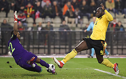 March 27, 2018 - Brussels, BELGIUM - Saudi Arabia's goalkeeper Fawaz Al-Qarni and Belgium's Romelu Lukaku fight for the ball during a friendly game between the Red Devils Belgian National soccer team and Saudi Arabia, in Brussels, Tuesday 27 March 2018. BELGA PHOTO VIRGINIE LEFOUR (Credit Image: © Virginie Lefour/Belga via ZUMA Press)