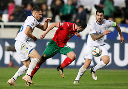 NICOSIA, Nov. 17, 2018  Galin Ivanov (C) of Bulgaria breaks through during the UEFA Nations League C group 3 match between Cyprus and Bulgaria in Nicosia, Cyprus, on Nov. 16, 2018. The match ended with 1-1. (Credit Image: © Nikos_savvides/Xinhua via ZUMA Wire)