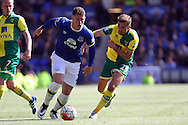 Ross Barkley of Everton looks to get away from Gary O'Neil of Norwich City'. Barclays Premier League match, Everton v Norwich City at Goodison Park in Liverpool on Sunday 15th May 2016.<br /> pic by Chris Stading, Andrew Orchard sports photography.