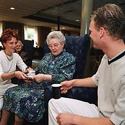 Verzorging oudere zuster tehuis Elizabeth Kloosterlaan Lage Vuursche