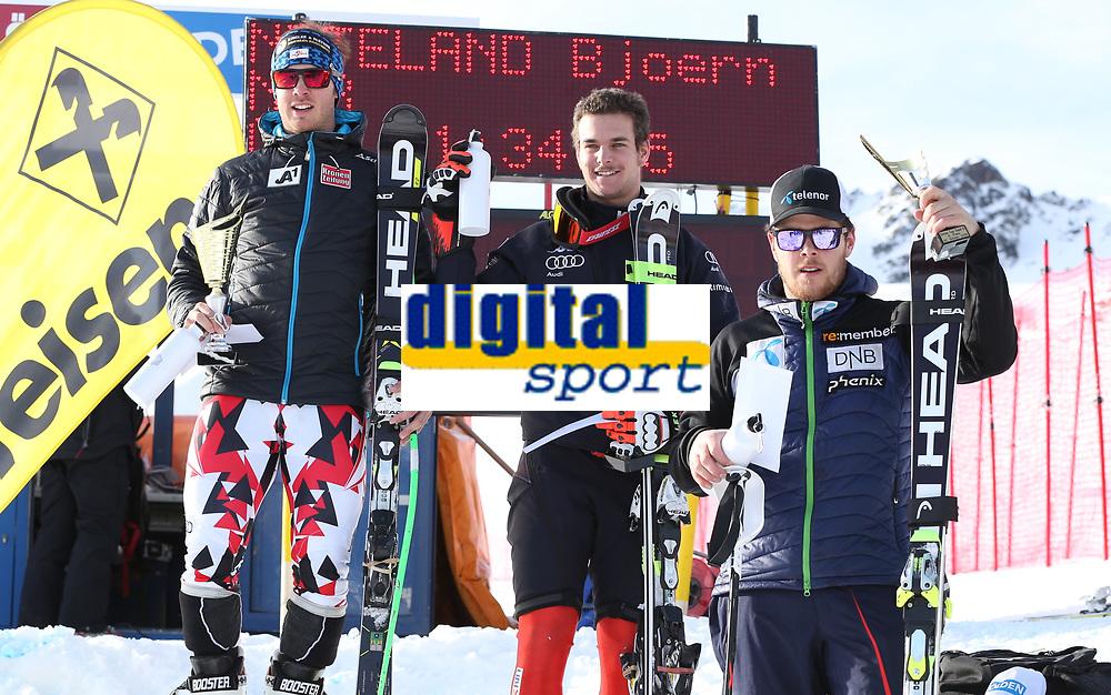 Alpint<br /> FIS Europa Cup<br /> 11.12.2015<br /> Foto: Gepa/Digitalsport<br /> NORWAY ONLY<br /> <br /> SOELDEN,AUSTRIA,11.DEC.15 - ALPINE SKIING - FIS Europa Cup, Rettenbachferner, Super G, men, award ceremony. Image shows Christian Walder (AUT), Emanuele Buzzi (ITA) and Bjørnar Neteland (NOR).