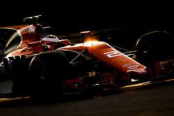 November 24, 2017 - Abu Dhabi, United Arab Emirates - Motorsports: FIA Formula One World Championship 2017, Grand Prix of Abu Dhabi, ..#2 Stoffel Vandoorne (BEL, McLaren Honda) (Credit Image: © Hoch Zwei via ZUMA Wire)
