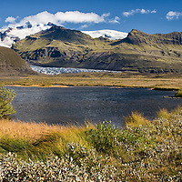 Skeiðarárjökull is easily visible when you are driving on the Ring Route. The glacier is situated in the Skaftafell National Park, which became a part of Vatnajökull National Park in 2008.