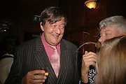 Stephen Fry, Krug host the launch of Kathy Lette's book. ' How to Kill Your Husband' the Courthouse Hotel Great Marlborough St. London. 26 April 2006. ONE TIME USE ONLY - DO NOT ARCHIVE  © Copyright Photograph by Dafydd Jones 66 Stockwell Park Rd. London SW9 0DA Tel 020 7733 0108 www.dafjones.com