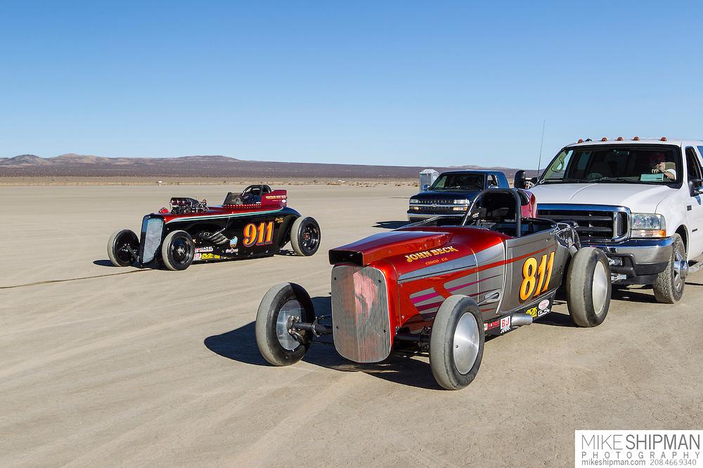 Vintage Hot Rod, 811, eng C, body AIR, driver John Beck, 175.009 mph, previous record 170.440