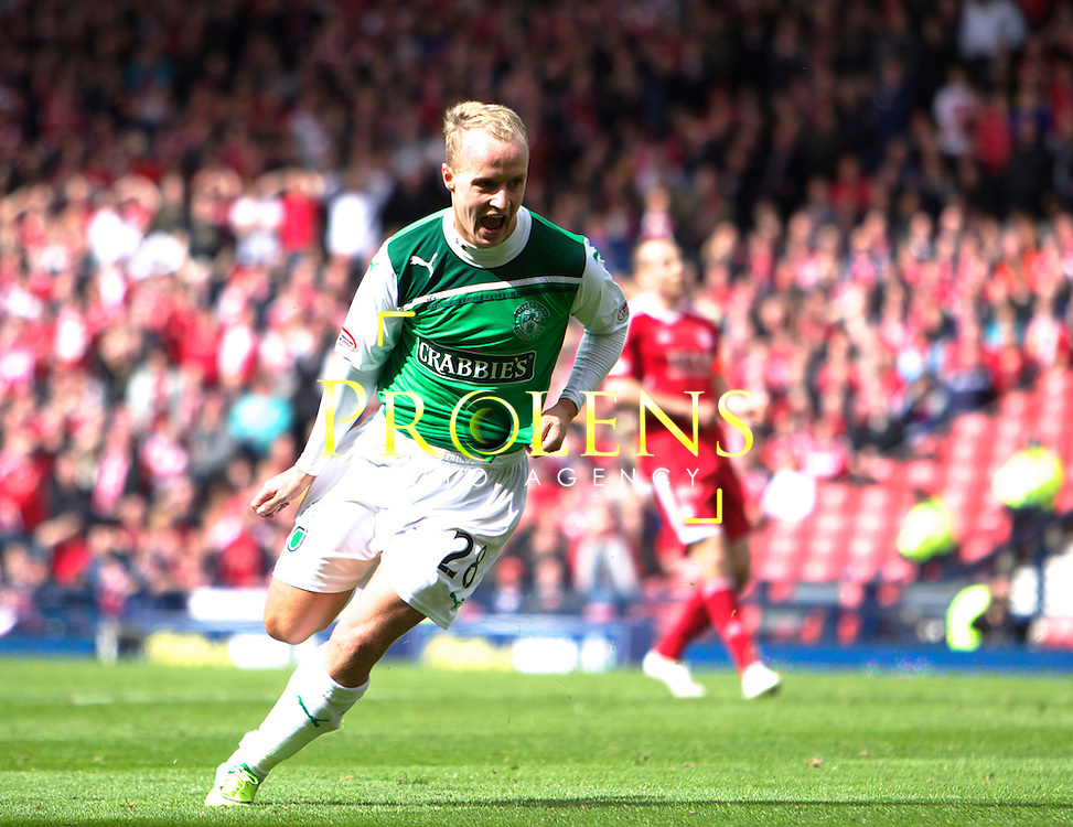William Hill Scottish FA Cup Semi Final Aberdeen FC v Hibernian FC Season 2011-12.14-04-12...HIBS STRIKER LEIGH GRIFFITHS CELEBRATES SCORING TO MAKE IT 2-1   during the William Hill Scottish FA Cup Semi Final tie between Aberdeen FC and Hibernian FC with the Winner facing either Celtic or Hearts. Hibs are aiming for their first Scottish Cup win in 110 years and a possible All Edinburgh derby Final, with Aberdeen looking to salvage a highlight from a up and down season...At Hampden Park Stadium , Glasgow..Saturday 14th April 2012.Picture Mark Davison/ Prolens Photo Agency / PLPA