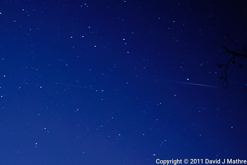 Meteor Trail captured with a Nikon 1 V1 camera and 10 mm f/2.8 lens (ISO 400, 10 mm, f/2.8, 30 sec).