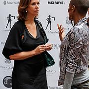 NLD/Amsterdam/20120329 - Lancering 1e Giftsuite, Annemarie van Gaal in gesprek met Sylvana Simons