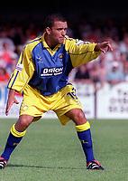 Mick O' Brien - Torquay. Kidderminater Harriers v Torquay United. League Division Three, 12/8/00. Credit Colorsport / Nick Kidd.