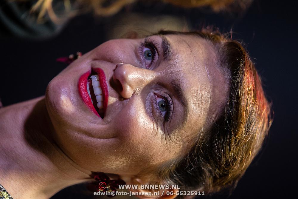 NLD/Utrecht/20160922 - inloop NFF 2016 - première Riphagen, Hanna Verboom en Fockeline Ouwekerk