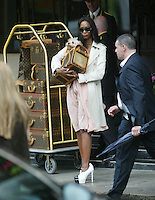 NAOMI CAMBEL WITH MATCHING LUGGAGE AT DORCHESTER HOTEL