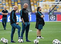 Zindane (C)<br /> Champions League Final pre match training