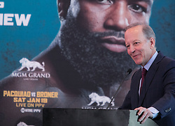 November 20, 2018 - Beverly Hills, California, U.S - Jim Gray during a Manny Pacquiao and Adrien Broner news conference on Tuesday, November 20, 2018, in Beverly Hills, California. Pacquiao will defend his World Boxing Association welterweight title against Broner on January 19, 2019, in Las Vegas. (Credit Image: © Prensa Internacional via ZUMA Wire)