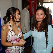 NLD/Bloemenaal/20050601 - Haringparty Showtime Noordzee FM, Fajah Lourens en Josefine van Asdonk