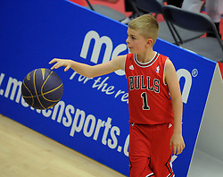 Young flyers fan - Photo mandatory by-line: Dougie Allward/JMP - Mobile: 07966 386802 - 18/10/2014 - SPORT - Basketball - Bristol - SGS Wise Campus - Bristol Flyers v Durham Wildcats - British Basketball League