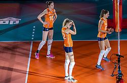 20-10-2018 JPN: Final World Championship Volleyball Women day 18, Yokohama<br /> China - Netherlands 3-0 / Lonneke Sloetjes #10 of Netherlands, Nicole Koolhaas #22 of Netherlands, Anne Buijs #11 of Netherlands