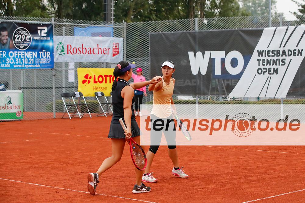 Olivia Tjandramulia (AUS), Arianne Hartono (NED) - WTO Wiesbaden Tennis Open - ITF World Tennis Tour 80K, 26.9.2021, Wiesbaden (T2 Sport Health Club), Deutschland, Photo: Mathias Schulz