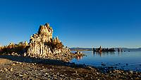 Mono Lake, South Tufa Area. Image taken with a Nikon D3 camera and 24 mm f/3.5 PC-E lens (ISO 200, 24 mm, f/16, 1/125 sec).