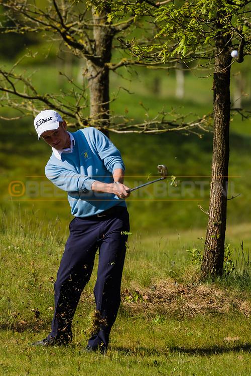 17-05-2015 NGF Competitie 2015, Hoofdklasse Heren - Dames Standaard - Finale, Golfsocieteit De Lage Vuursche, Den Dolder, Nederland. 17 mei. Heren Houtrak: Berend van Holthuijsen tijdens de foursomes.