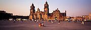 MEXICO, MEXICO CITY, ZOCALO Cathedral and El Sagrario chapel