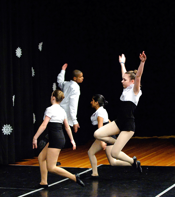 (photo by Matt Roth)..MAN IN THE MIRROR.Inertia Performing Arts and Expressions in Motion's 2009 Winter Wonderland performance held at the University of Baltimore's Langsdale Auditorium Saturday, December 12, 2009.