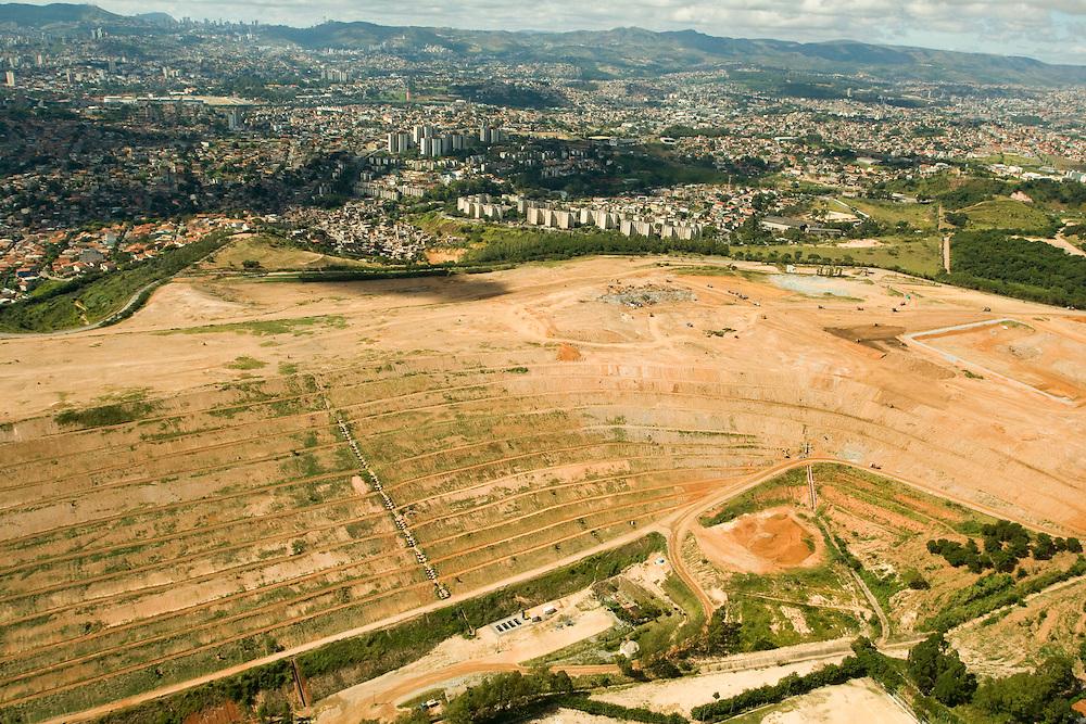 Belo Horizonte_MG, Brasil...Vista aerea do aterro sanitario de Belo Horizonte, Minas Gerais...Aerial view of landfill in Belo Horizonte, Minas Gerais...Foto: BRUNO MAGALHAES /  NITRO