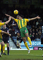 Photo: Olly Greenwood.<br />Southend United v West Bromwich Albion. Coca Cola Championship. 01/01/2007. Southend's Lewis Hunt heads to score past West Bromwich's Curtis Davies