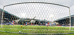 St Johnstone's keeper Alan Mannus can't save Aberdeen's Peter Pawlett scoring their second goal.<br /> St Johnstone 3 v 4Aberdeen, SPFL Ladbrokes Premiership played 6/2/2016 at McDiarmid Park, Perth.