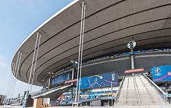08.06.2016, Stade de France, St. Denis, FRA, UEFA Euro, Frankreich, Vorberichte, im Bild Aussenansicht des Stade de France mit dem UEFA EURO 2016 Branding // Exterior view of Stade de France with the UEFA Euro 2016 branding during preperation for the UEFA EURO 2016 France. Stade de France in St. Denis, France on 2016/06/08. EXPA Pictures © 2016, PhotoCredit: EXPA/ JFK