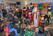 Nederland, Nijmegen, 2-12-2014Sinterklaas en zijn pieten bezoekt de kantine van voetbalvereniging sv Hatert.FOTO: FLIP FRANSSEN/ HOLLANDSE HOOGTE