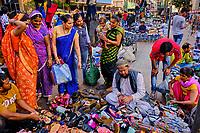 Inde, Etat de Gujarat, Ahmedabad, classé Patrimoine Mondial de l'UNESCO, bazar de la vieille ville // India, Gujarat, Ahmedabad, Unesco World Heritage city, old city bazar