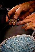 Santo Antonio do Leite_MG, Brasil...Processo produtivo e pecas prontas das pecas artesanais de pedra e prata produzidas pela Associacao de Artesaos, da cidade de Santo Antonio do Leite...The craft production of stones and silver produced by the Associacao de Artesaos, in the city Santo Antonio do Leite...Foto: BRUNO MAGALHAES / NITRO