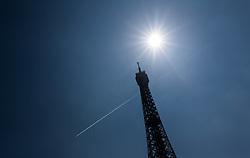 09.06.2016, Paris, FRA, UEFA Euro, Frankreich, Vorberichte, im Bild Teilansicht des Eiffelturm // detail of the Eiffel tower during preperation for the UEFA EURO 2016 France. Paris, France on 2016/06/09. EXPA Pictures © 2016, PhotoCredit: EXPA/ JFK