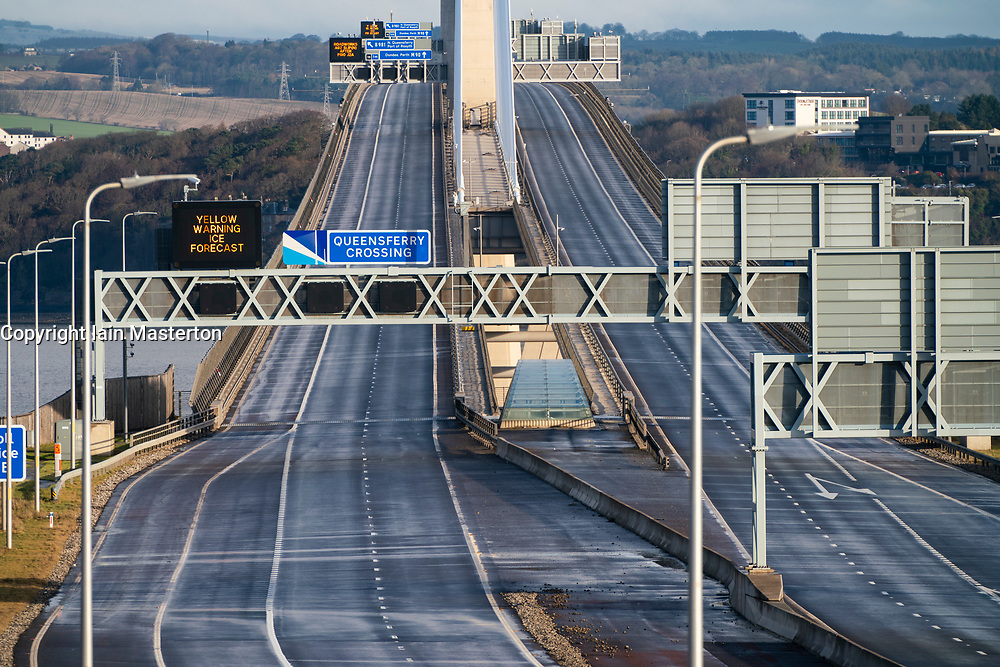 South Queensferry, Scotland, UK. 30 January 2020.  Queensferry Crossing bridge closed and Forth Road Bridge opened to all traffic this morning as temporary traffic diversion experiment is carried out. Highway operators are investigating the feasibility of diverting traffic from M90 from Queensferry Crossing onto the Forth Road Bridge at times when the Queensferry Crossing has to close because of ice on the cables for example. Extensive traffic management works are required however because no direct traffic access points were constructed between carriageways on each bridge. Pic; M90 motorway is empty at closed Queensferry Crossing.   Iain Masterton/Alamy Live News