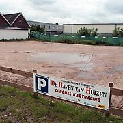 Parkeerterrein rechts naast de Haven van Huizen ivm locatie disco