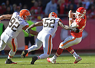 KANSAS CITY, MO - OCTOBER 27:  Defenders D'Qwell Jackson #52 and Desmond Bryant #92 of the Cleveland Browns pressure quarterback Alex Smith #11 of the Kansas City Chiefs during the second half on October 27, 2013 at Arrowhead Stadium in Kansas City, Missouri.  Kansas City won 23-17. (Photo by Peter Aiken/Getty Images) *** Local Caption *** D'Qwell Jackson;Desmond Bryant;Alex Smith