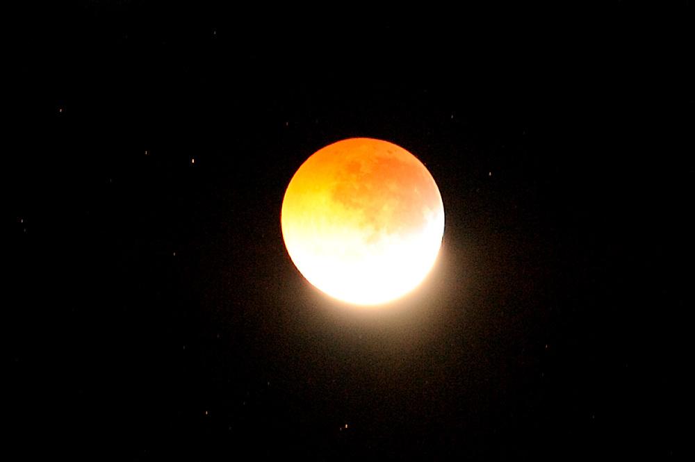 Eclipse lunar / eclipse de luna durante solsticio, 21 de diciembre de 2010